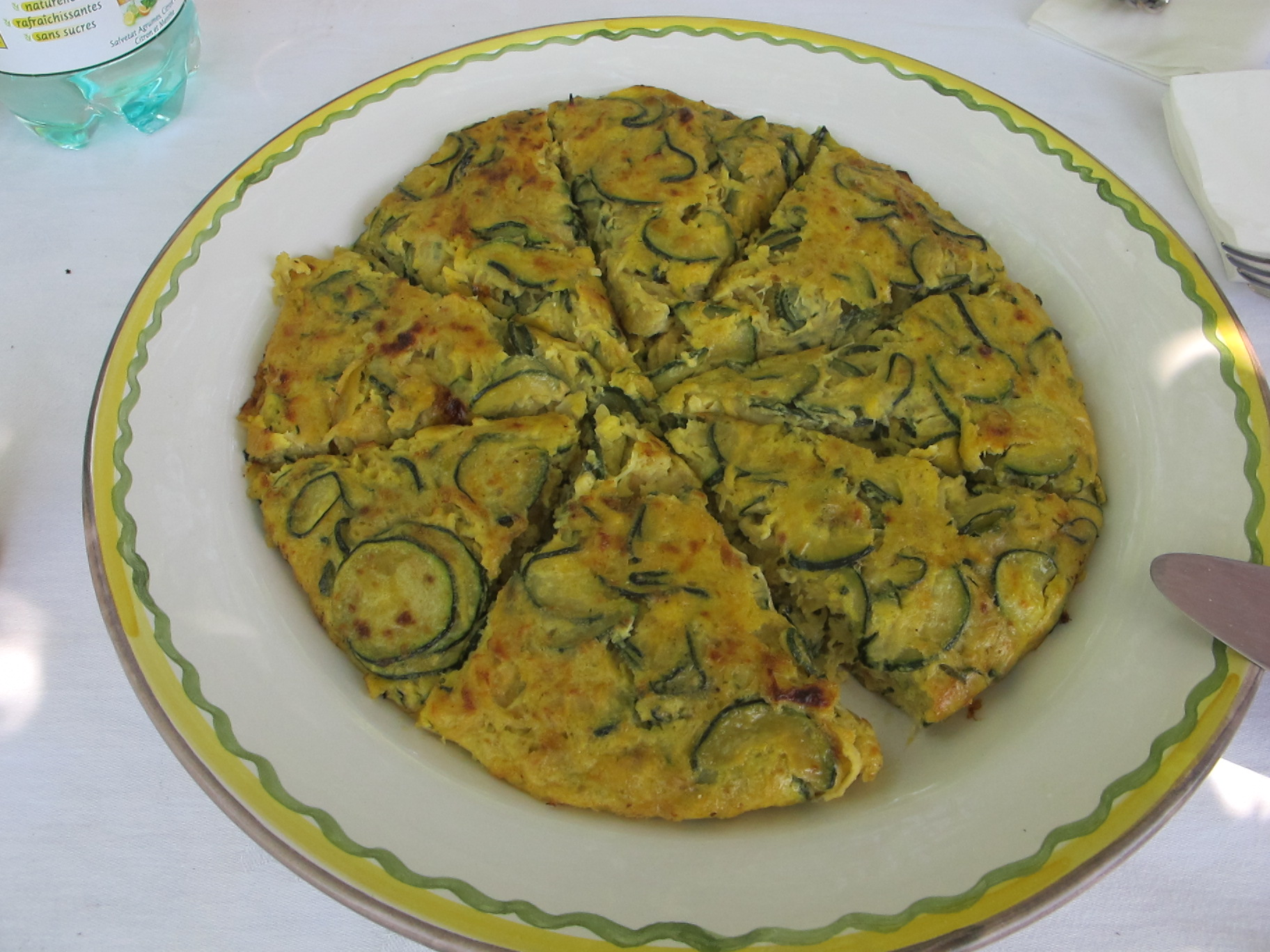 Courgette/zucchini and onion frittata | Robin Ellis