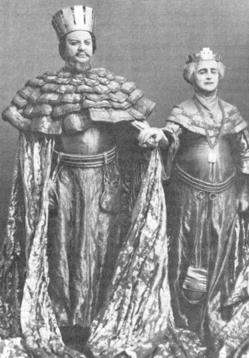 Massalitinov_and_Knipper_in_Hamlet_1911-1